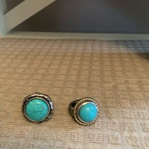 Stretch band turquoise colored rings